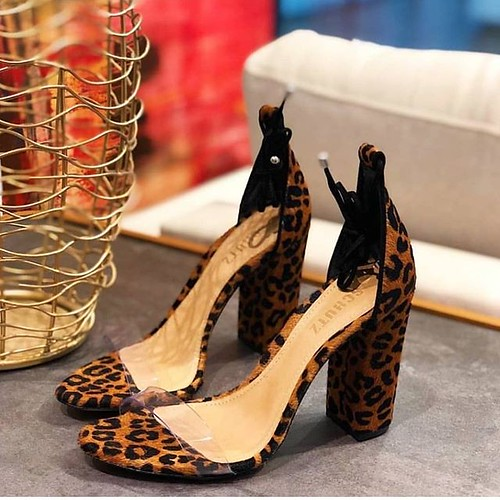I❤️LOVE @schutzoficial. #instashoes #estilo #tendencia #modafeminina #melhoresmarcas #instamoda #novidades #loveshoes #shoes #sapatos #sapatosfemininos #fashion #sapatonovo #amo #donnacanela #girls #verao #verao2019 #summer #schutz #schutzlovers #be