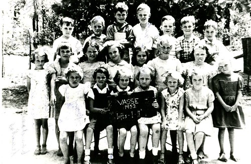 Vasse School, Infants 1 and 2, 1952.  PH00083