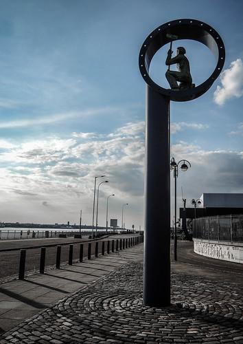 005 Shipbuilding Memorial, The Keel, River Mersey Promenade, Liverpool-2