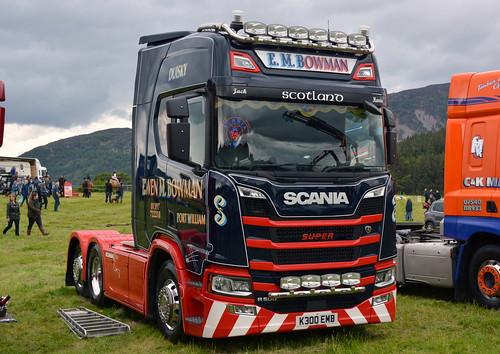 E.M. Bowman - Scania (K300 EWB)