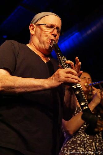 Steve Elson: sax, clarinet