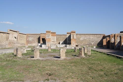 VII.9.7 Pompeii. Linked entrance to Macellum