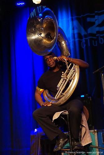 Joseph Daley: tuba, sousaphone