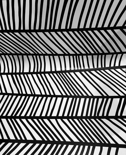 chair pattern at McDonald's, Oakhurst, CA 06-13-19