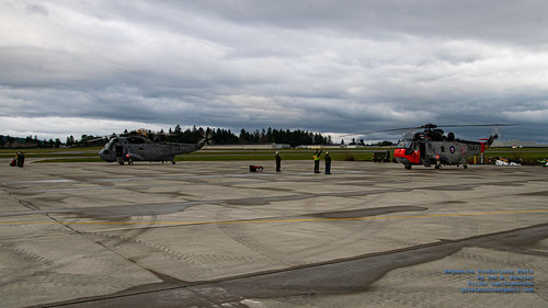 TWO SEA KINGS REVVING UP TO FLY A FAREWELL FLYPAST
