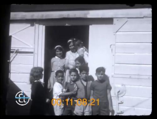 l'intervention humanitaire du comité de vigilance et d'action pour la protection de l'enfance malheureuse, au bidonville du Champ de mars, (Méons)  à Saint-Étienne à la fin 1950