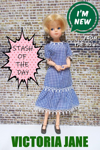 VICTORIA JANE  10 '' ( inch)...sindy clone made for debenhams in the 80s..they also made a 6 inch sindy clone called sarah louise