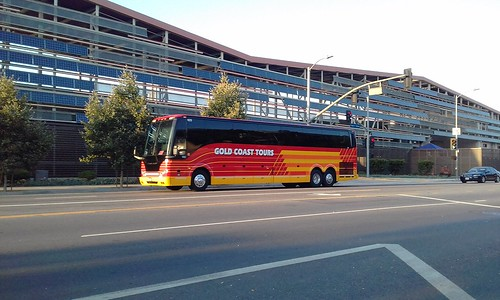 Gold Coast Tours 2014 Prevost H3-45 #623