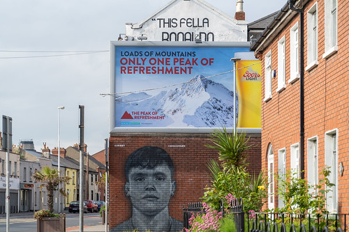 STREET ART ON THE WALLS OF THE BACK PAGE PUB [SPORTS BAR IN PHIBSBOROUGH ROAD]-154097