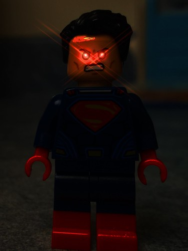DC Universe: Superboy/Supergirl - 2.11 - Reunion
