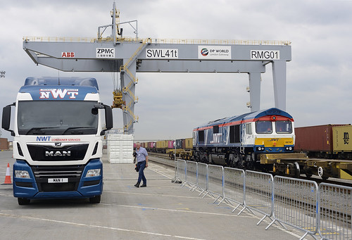 66 747 passes MAN 1 at DP World London Gateway