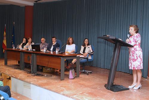 Acto de reconocimiento de la Junta de Facultad de Filosofía y Letras a los miembros del PDI y PAS que abandonan el servicio activo