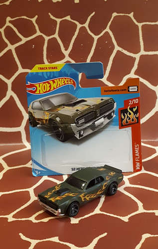 '68 Mercury Cougar 2019 No. 2/10 - HW Flames Subserie Hotwheels 1/64 by Mattel Toys
