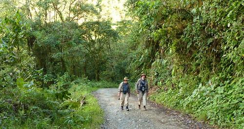 John & Dave on the road from Riosucio to Jardin, Antioquia, near Ventanas Pass P1390365