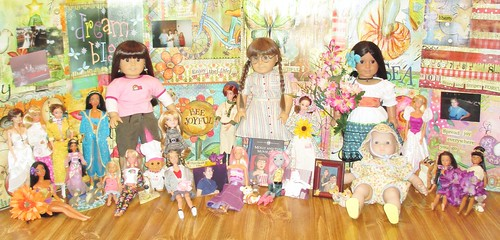 Video: Dolly Tales Mom Dollies!