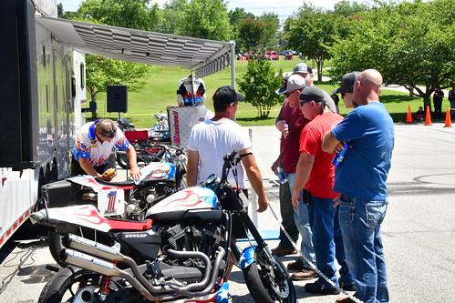 Motorcycle Stunt Rider Bubba Blackwell Harley Davidson Smokin Harley 20190713_0199
