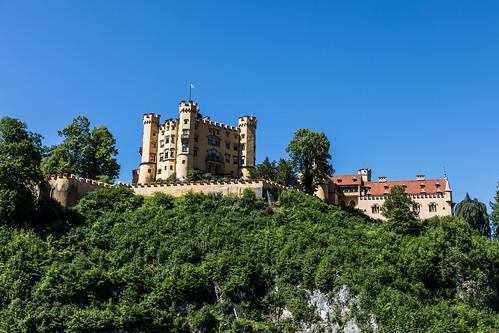 Schloss Hohenschwangau von unten