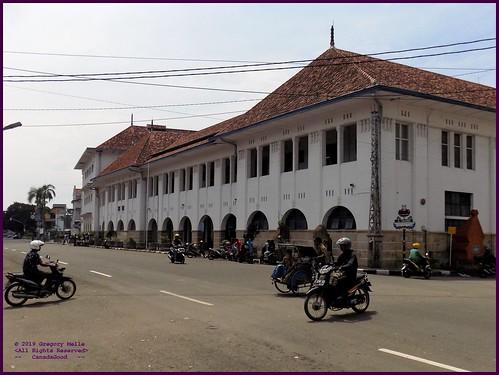 Cirebon Gedung BAT 20190330_104257 DSCN4283