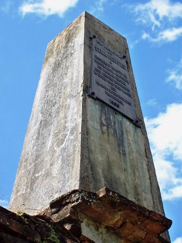 Parte superior do monumento na Fazenda do Pombal