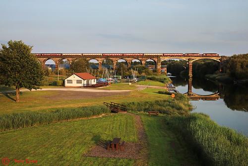 37669+37685 Frodsham Viaduct