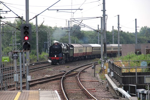 1Z43 Saphos Trains 'The Fellsman' approaches Wigan NW on 17th July headed by BR Std 7MT No. 70000 'Britannia' ©
