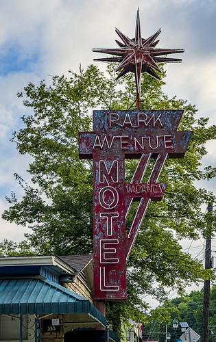 Vintage signs,Park Ave Hotel, Hot Springs-2