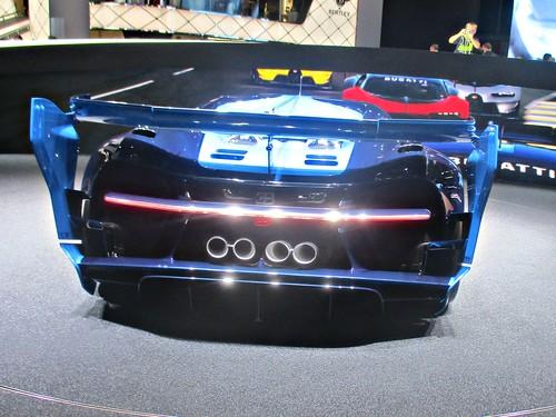 93 Bugatti Vision Gran Tourismo (2015))