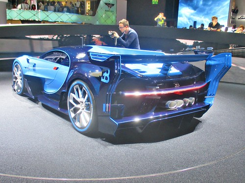 94 Bugatti Vision Gran Tourismo (2015)
