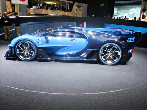 95 Bugatti Vision Gran Tourismo (2015)