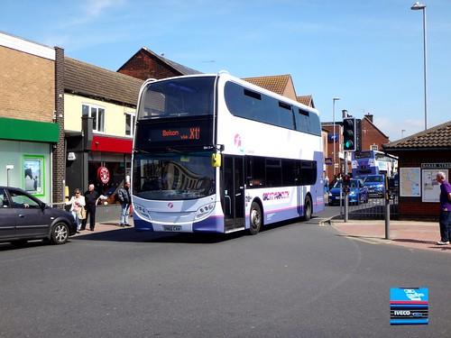 SN60CAA - High Street, Gorleston-on-Sea, Norfolk, May 2017.