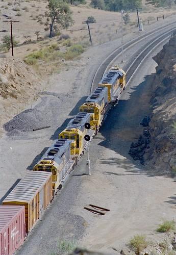 Santa Fe, going away, Tehachapi Pass, California, 1985