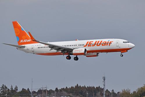 Boeing 737-86N 'HL7213' Jeju Air