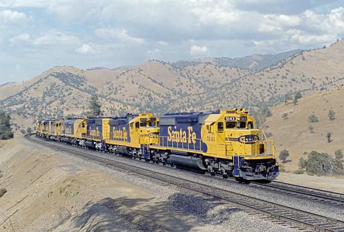 Santa Fe all the way over Tehachapi Pass, California, 1985