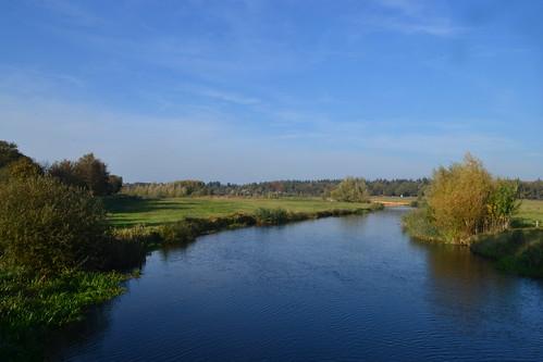 Beneden Regge in de herfst vanaf Giethemer kerkbrug (135FJAKA_2286)