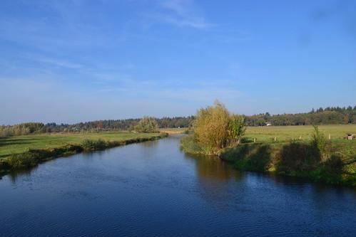 Beneden Regge in de herfst vanaf Giethemer kerkbrug (135FJAKA_2289)