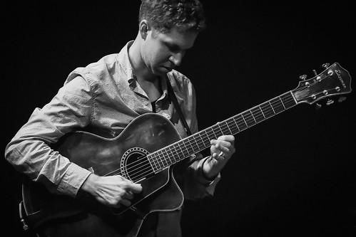 AHQ - Guitarist