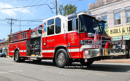 WEST BABYLON, NY FIRE DEPARTMENT ENGINE 6, 1-9-6