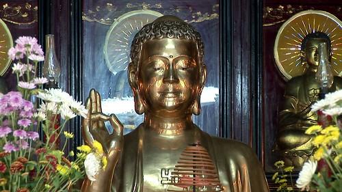 Vietnam - Hue - Tu Hieu Pagode - Buddha Image - 43