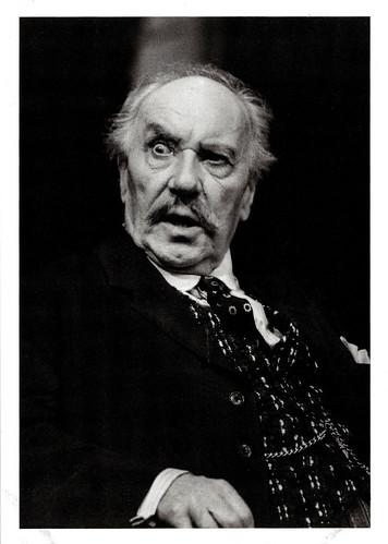 Ralph Richardson in Inner Voices (1983)