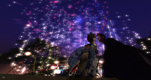 When fireworks bloom in the sky... 花火が上がったら....