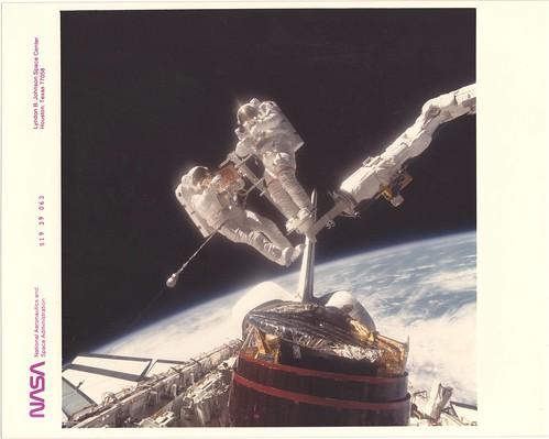 51A/STS19_v_c_o_TPMBK (S19-39-063)
