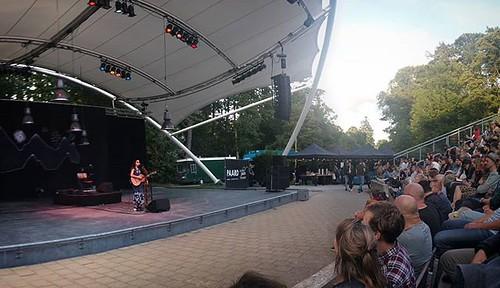 Bedouine at Zuiderparktheater #concert #panorama