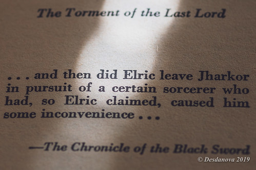The Vanishing Tower (Book Four of the Elric Saga)
