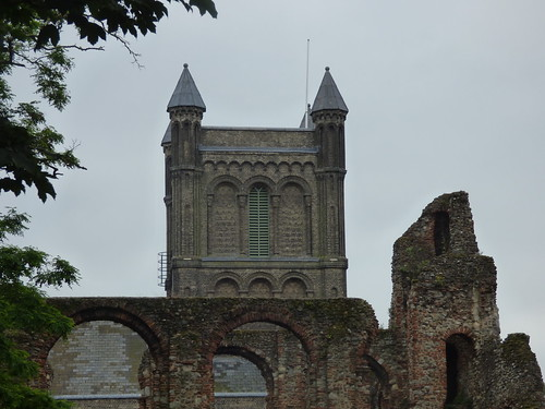 St Botolph's Priory - Priory Street, Colchester - St Botolph's Church
