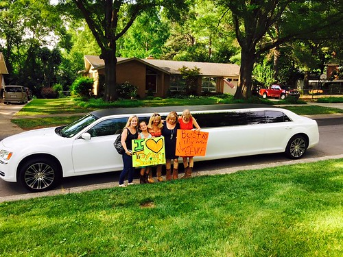 concert-limo-charlotte-five-star-limo-services-in-charlotte-nc