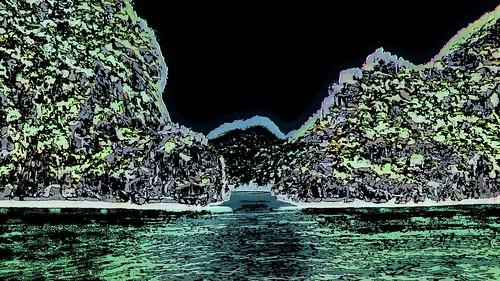 Vietnam - Hue - Halong Bay - 86ee
