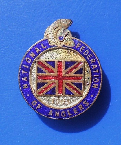 NATIONAL FEDERATION OF ANGLERS (freshwater fishing) - membership enamel badge (1930's - 1950's)