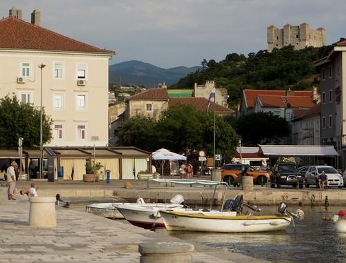 Fin d'après-midi sur le port, Senj, comté de Lika-Senj, Croatie, Europe.