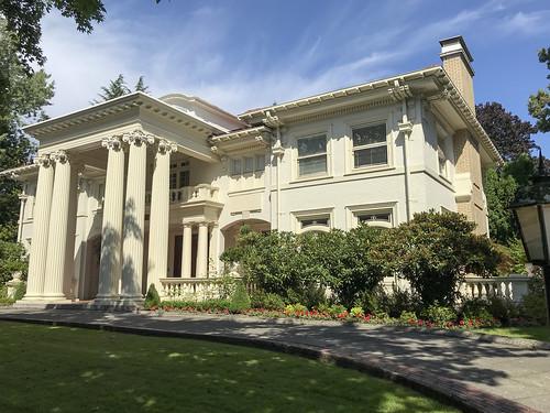 The Portland White House