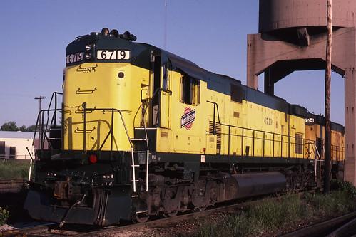 CNW 6719 at Escanaba, Michigan - July 15, 1984